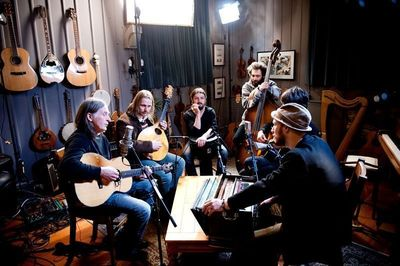 Caledonia Best Bring Together Dougie Maclean and AMWWF for New Version of 'Caledonia' (PRNewsFoto/Tennent Caledonian)