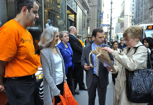 New York City AT&T Employees Honor National Day of Service and Remembrance through Volunteerism