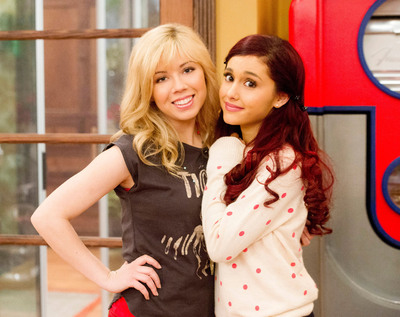 NICKELODEON GREENLIGHTS ADDITIONAL 20 EPISODES OF TOP-RATED COMEDY SAM & CAT, STARRING JENNETTE MCCURDY AND ARIANA GRANDE.  (PRNewsFoto/Nickelodeon)