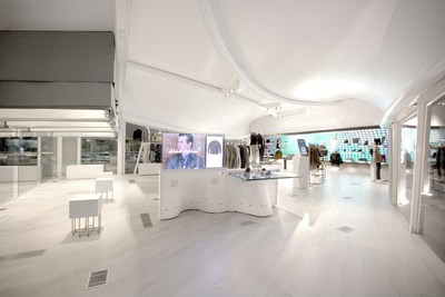 Macerich And WithMe(TM) Bring Transformative Smart Retail Concept To Santa Monica Place