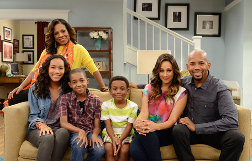 Tia Mowry-Hardrict Takes On The Ultimate Crash Course In Parenthood As NickMom Debuts Instant Mom, Brand-New Comedy Series This Fall.  (PRNewsFoto/Nickelodeon, Bonnie Osbourne/Nickelodeon 2013)