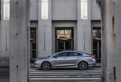 2015 Chrysler 200: test drive one at a Mall near you