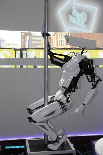Pole dancing robots draw crowds to major London tech startup event (PRNewsFoto/TransIP.co.uk)