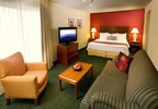 Residence Inn Costa Mesa Newport Beach Appeals To Shopaholics With Special Stay Package