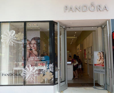 Just in time for Mother's Day, PANDORA Jewelry opens new store in Miami Beach's Lincoln Road Mall