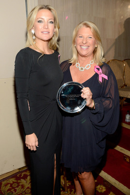 Kate Hudson presented Kay Krill of ANN INC. with Humanitarian Award at BCRF Gala. Photo Credit: Wire Image. (PRNewsFoto/ANN INC.)