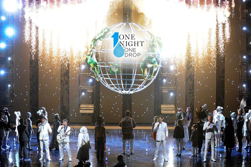 Vegas Became ONE to Celebrate World Water Day at 2nd Annual One Night for ONE DROP. (PRNewsFoto/ONE DROP) ...
