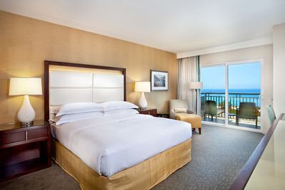 Ocean View Room at Hilton Carlsbad Oceanfront Resort & Spa.  (PRNewsFoto/Hilton Carlsbad Oceanfront Resort & Spa)
