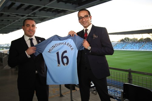Omar Berrada, Manchester City's COO and Raman Singh, President of Mundipharma. (PRNewsFoto/Mundipharma)