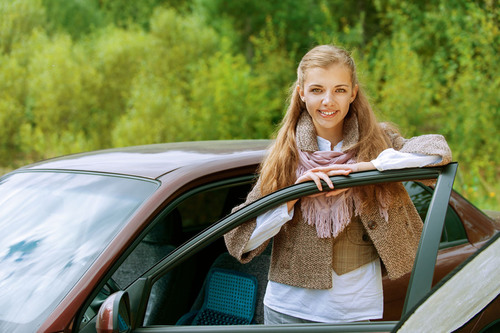 Challenge your teens to see who is the smartest driver in the family!  Practice permit tests by Driving-Tests.org. (PRNewsFoto/Driving-Tests.org)