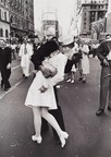 """Alfred Eisenstaedt (1898-1995) """"V-J Day Kiss in Times Square"""", New York 1945 (C) WestLicht Photographica Auction. (PRNewsFoto/WestLicht Photographica Auction)"""