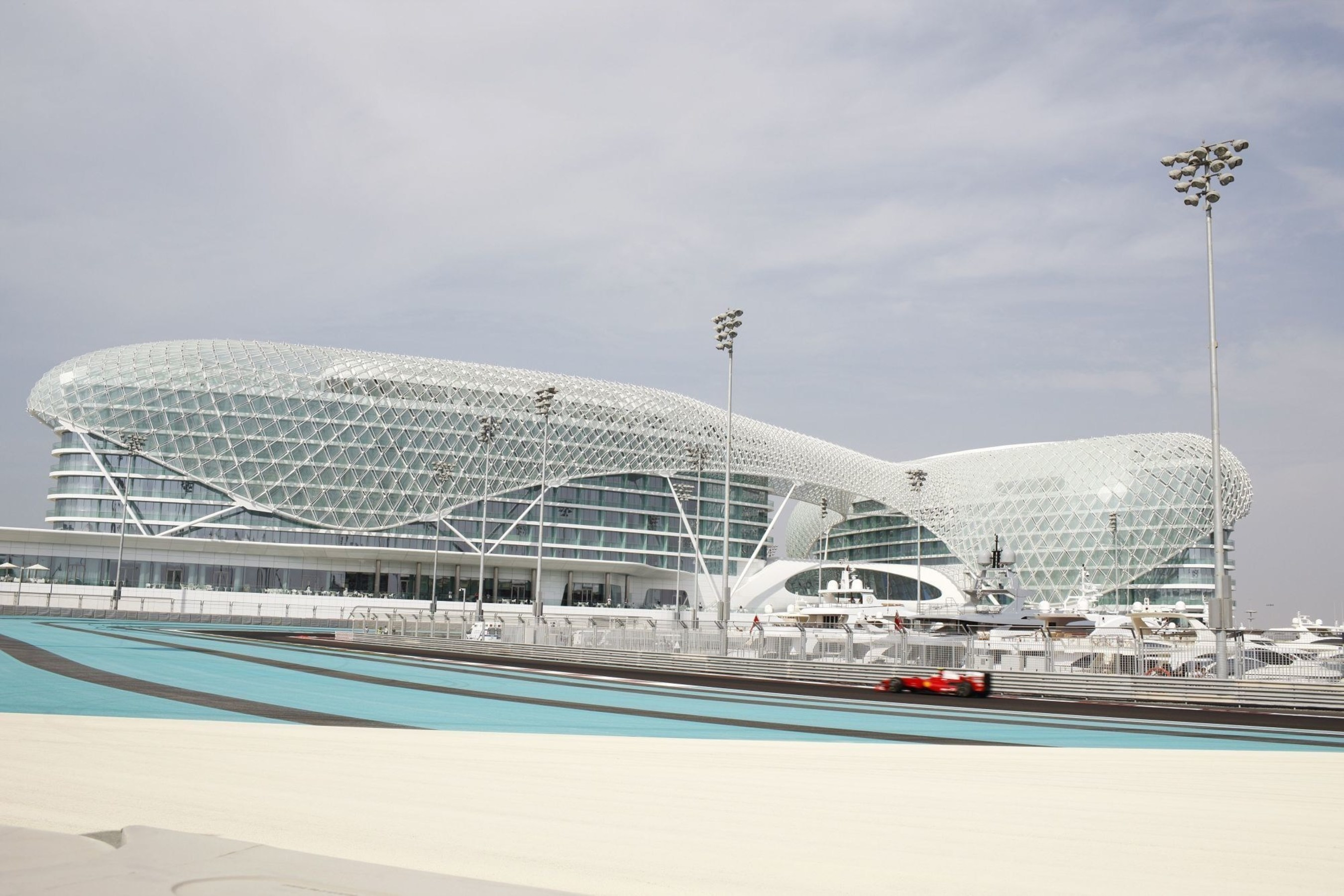 Blowout&Go appointed Official Hair & Makeup Partner of Yas Viceroy during the Race Weekend 2016 (PRNewsFoto/Blowout&Go)