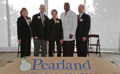 (Left to Right) HCA Gulf Coast Division President Maura Walsh, Mayor of Pearland Tom Reid, Mayor of Manvel Delores Martin, Medical Director of HealthOne 24 Hour Emergency Care – Pearland Earl Miller, M.D., and HCA Gulf Coast Division Chief Financial Officer Jeff Sliwinski prepare to break ground on HCA Affiliated, Pearland Medical Center that opens in the Fall of 2014.  (PRNewsFoto/HCA Gulf Coast Division)