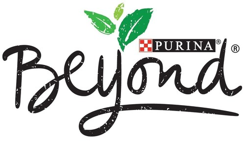 Purina(R) brings new natural dog and cat food options to the pet food aisle with Purina(R) Beyond.(R) For more information, visit www.BeyondPetFood.com. (Source: Purina Beyond) (PRNewsFoto/Nestle Purina PetCare Company)