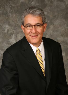 Eric Justin, M.D. joins Lockton's National Benefits Practice as Chief Medical Officer.  (PRNewsFoto/Lockton)