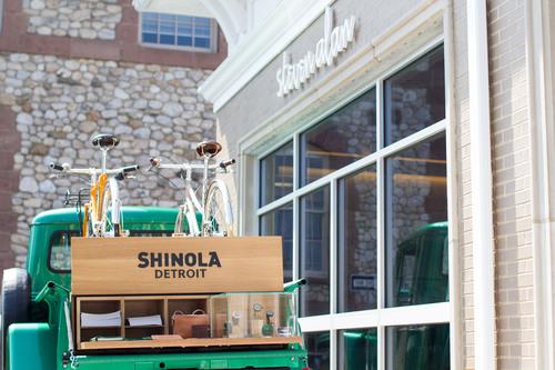 SHINOLA CELEBRATES SUMMER WITH TOUR OF HANDBUILT BIKES, LOCAL FOOD AND AMERICAN STORIES.  (PRNewsFoto/Shinola)