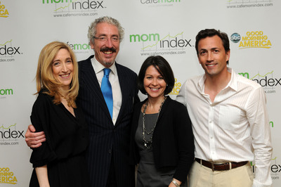 CafeMom and Good Morning America launch The MomIndex, measuring moms' lives on a new scale. Margo Baumgart, Senior Broadcast Producer, Good Morning America; Jim Murphy, Senior Executive Producer, Good Morning America; Laura Fortner, EVP, Marketing and Insights, CafeMom; Andrew Shue, Co-founder, CafeMom.  (PRNewsFoto/CafeMom)