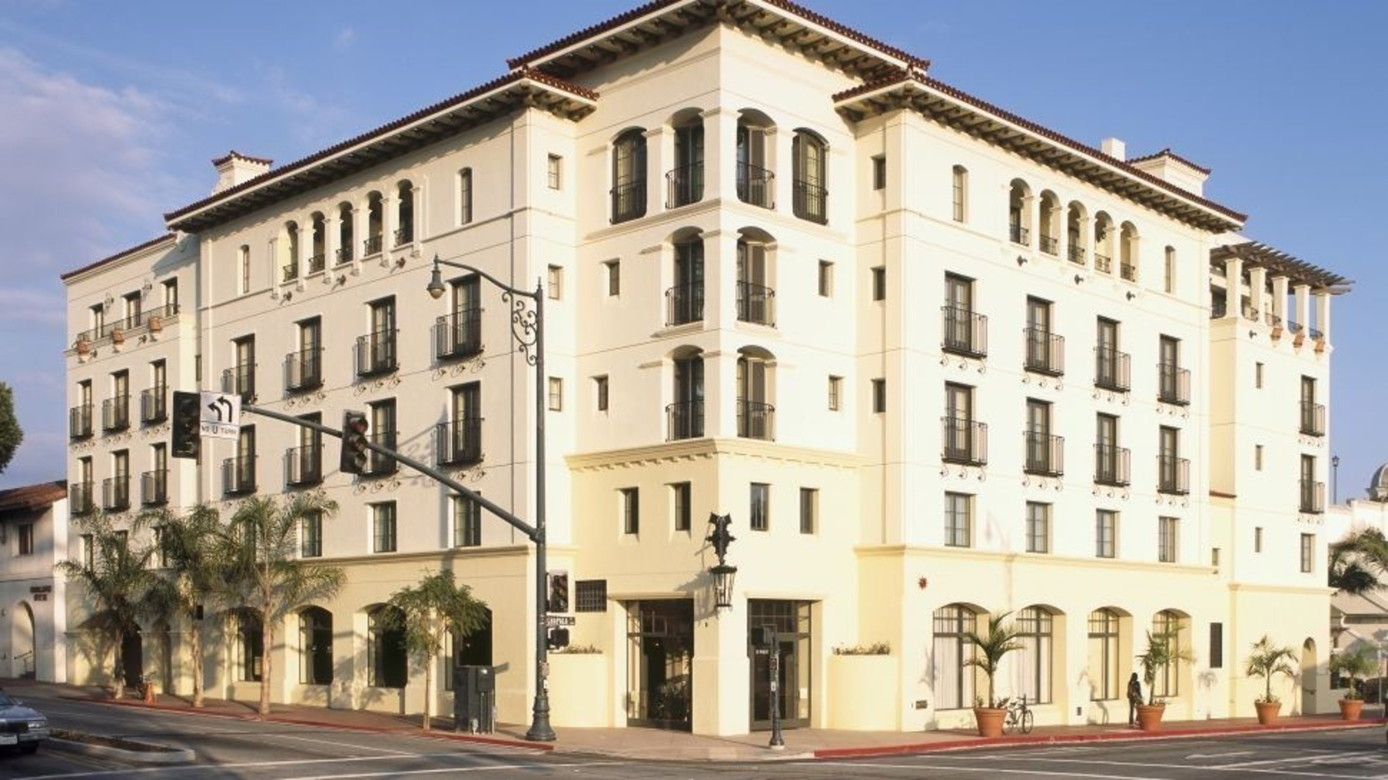 Xenia Hotels Resorts Acquires The Riverplace Hotel In Portland Oregon The Canary Hotel In Santa Barbara California And The Hotel Palomar In Philadelphia Pennsylvania