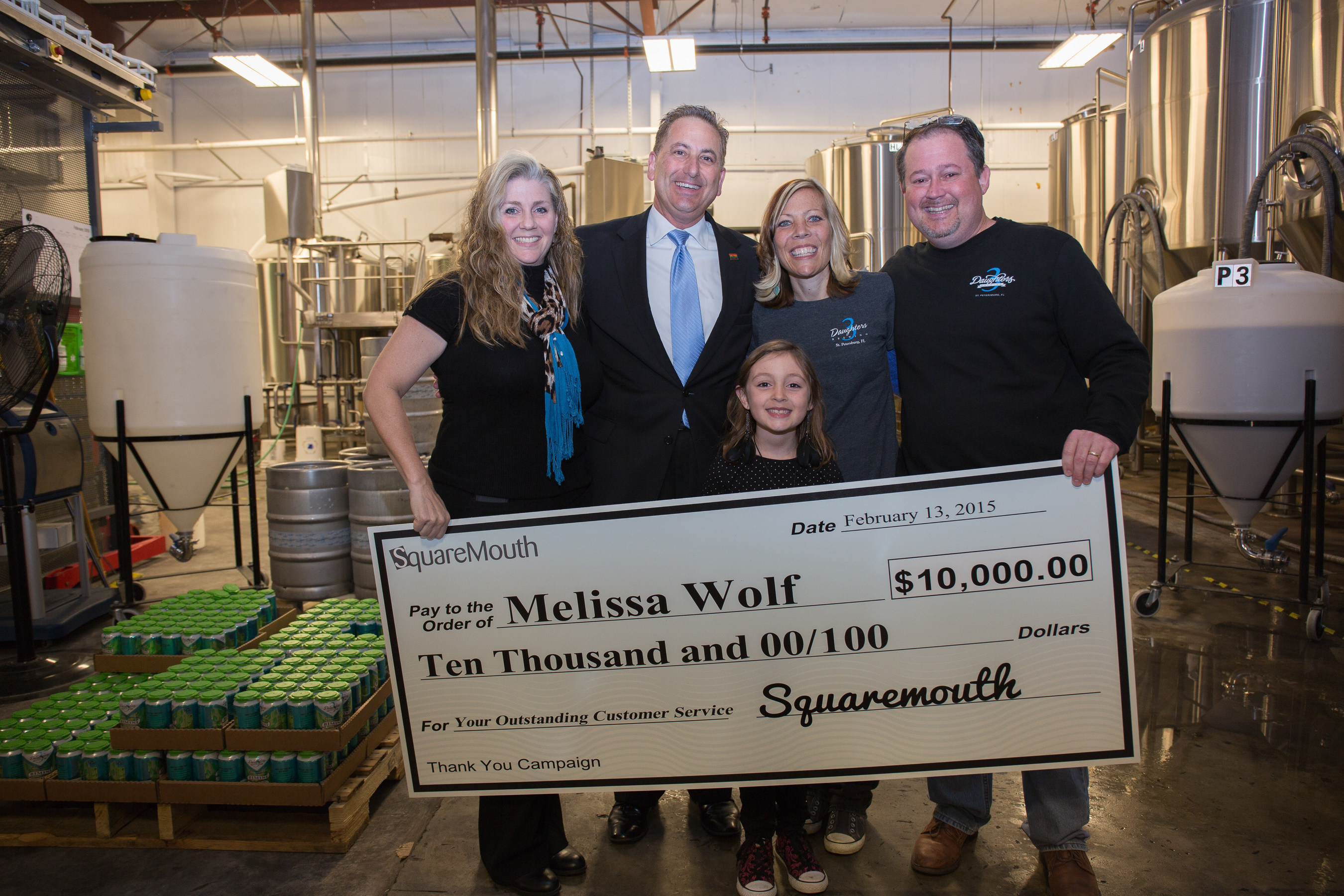 St. Pete Server Gets $10,000 Surprise from Squaremouth and Mayor Kriseman