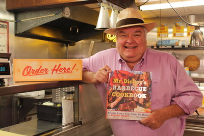 Mr. Dickey stops by for grand opening in Las Vegas and hands out 100 autographed copies of his cookbook on Saturday. (PRNewsFoto/Dickey's Barbecue)