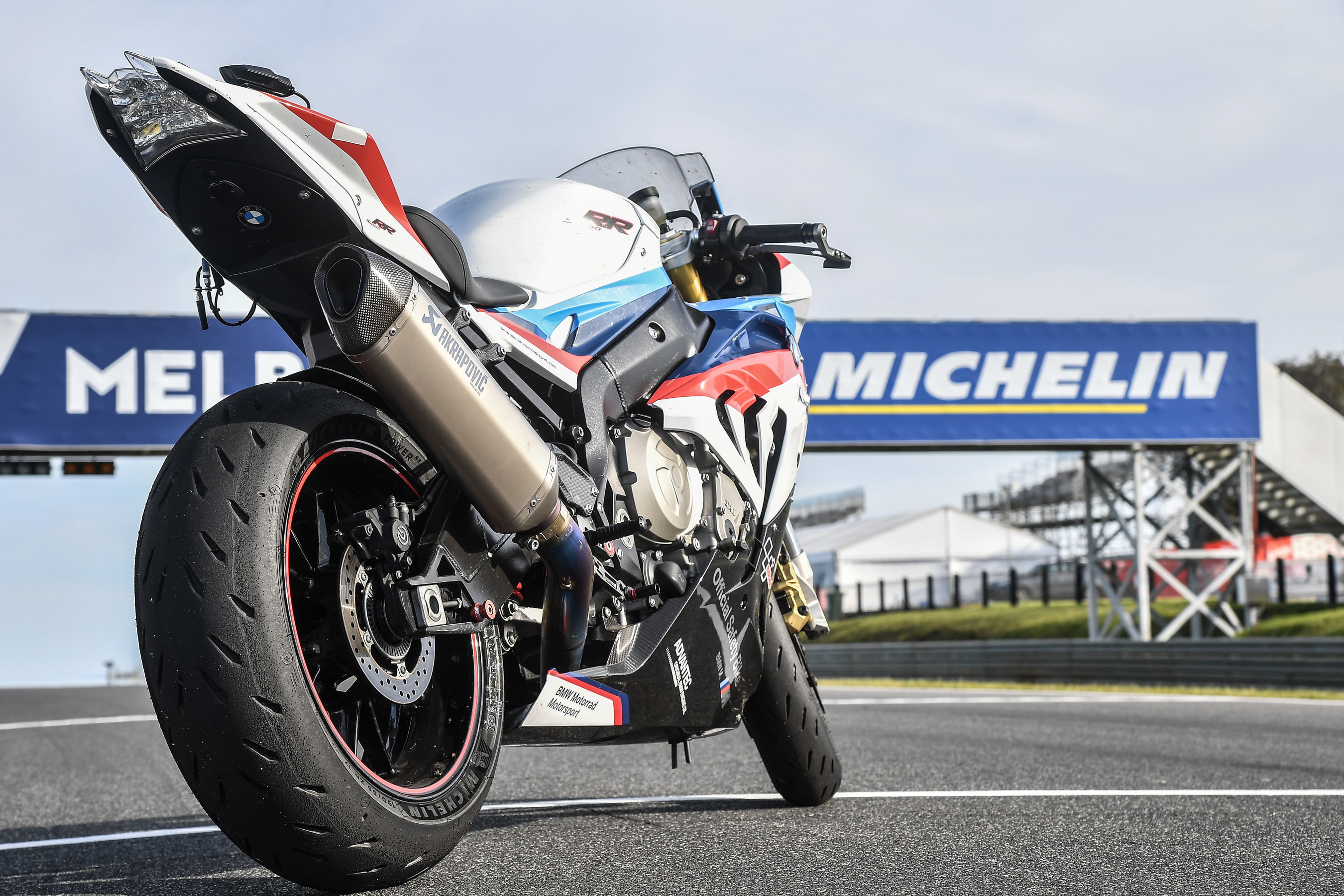 Michelin introduces next generation motorcycle road tire