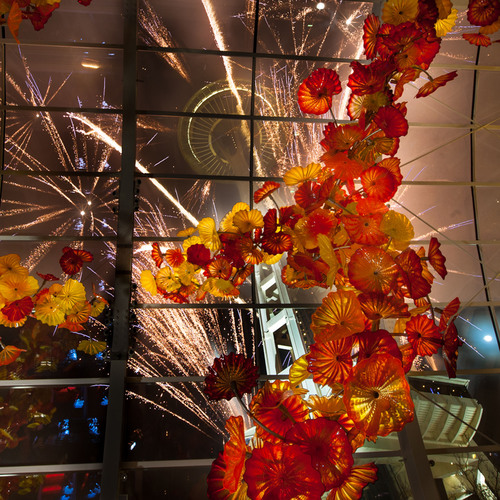 Countdown to 2014 with dining drinks and dancing at chihuly garden and glass for Chihuly garden and glass hours