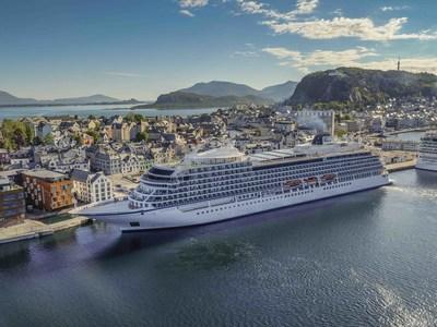 Viking Ocean Cruises Christens Second Ship In London