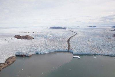 A study led by Assistant Professor Jiping Liu documents a link between Arctic sea ice loss and the rapid melting of the Greenland Ice Sheet. (Photo: Niels J. Korsgaard, Natural History Museum of Denmark)