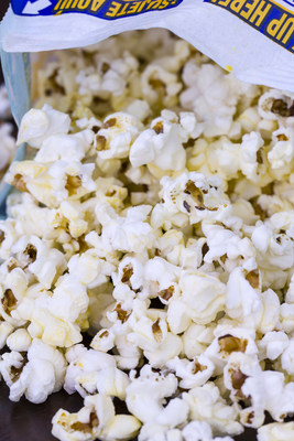 Verso Offers Microwave Popcorn Bag Producers an Attractive New Option with GlazeArmor™ Micro Papers