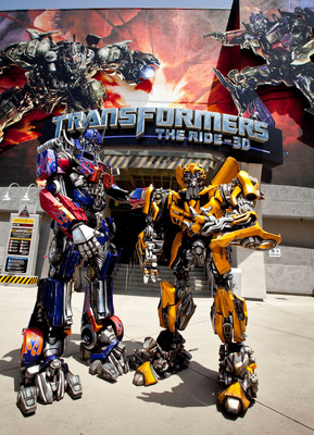 "It's ""Transformers: The Ride-3D"" vs. ""King Kong 360 3-D"" as Universal Studios Hollywood Unleashes Its High-Voltage ""Summer of Survival"" Campaign Challenging Guests to Brave Its Two Most Intense Thrill Rides and Live to Tell About It.  (PRNewsFoto/Universal Studios Hollywood)"