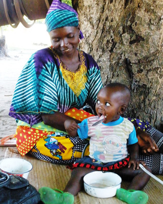 An African mother and child benefit from Food for the Hungry's focus on maternal and child nutrition.  (PRNewsFoto/Food for the Hungry)