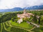 Se vende por primera vez en la historia un castillo medieval italiano con más de 80 habitaciones