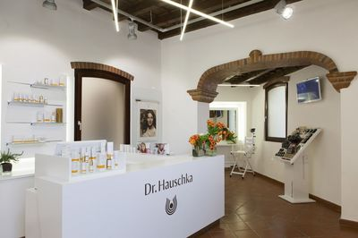 "The new Dr. Hauschka Flagship Store in Milan, Italy. Editorial use of this picture is free of charge. Please quote the source: ""ops/WALA Heilmittel GmbH/Tommaso RIva"""