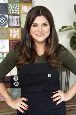 Tiffani Thiessen on Cooking Channel's Dinner at Tiffani's