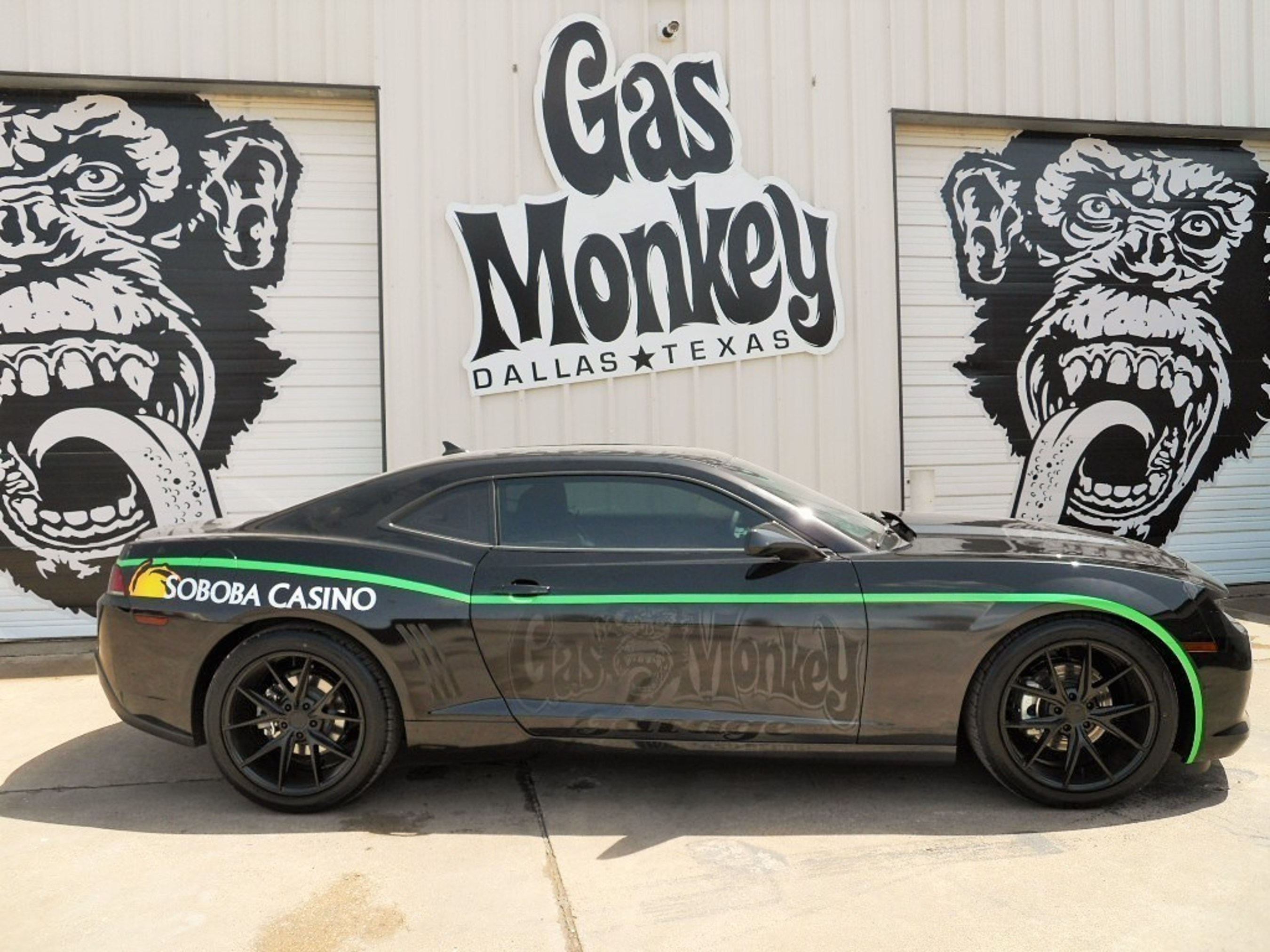 """2015 Chevy Camaro designed by the crew of Gas Monkey Garage and Discovery Channel's """"Fast N' Loud"""""""