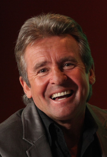 '60s Music Icons Davy Jones of The Monkees and Peter Noone of Herman's Hermits Present an All-Star