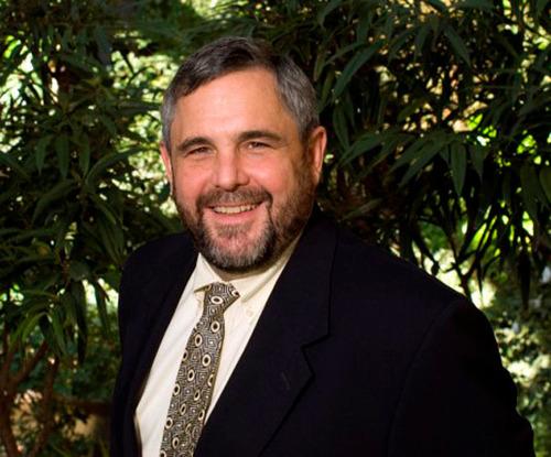 "George W. ""Mac"" McCarthy. (PRNewsFoto/Lincoln Institute of Land Policy)"
