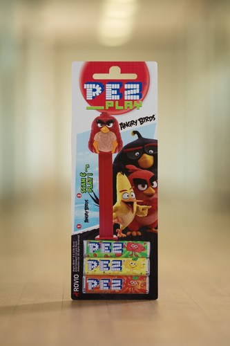"The new PEZ dispenser ""Angry Birds"" (PRNewsFoto/PEZ International GmbH) (PRNewsFoto/PEZ International ..."