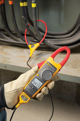 "The ""My First Fluke"" program allows students actively enrolled in technical or vocational schools, colleges, universities, apprenticeship programs or high schools in the United States to purchase one Fluke tool at a 25 percent discount.  (PRNewsFoto/Fluke Corporation)"