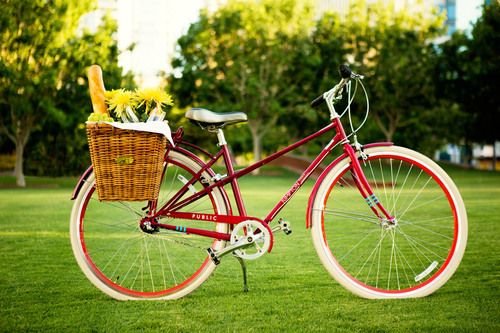 Kimpton and PUBLIC Bikes Partner to Roll Out Nationwide Complimentary Bike Program for Hotel Guests.  (PRNewsFoto/Kimpton Hotels & Restaurants)
