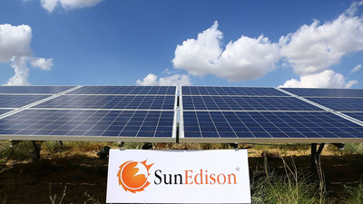 Solar Panels Power SunEdison Solar Water Pumps which help farmers in India increase crop yield and improve food security.  (PRNewsFoto/SunEdison)