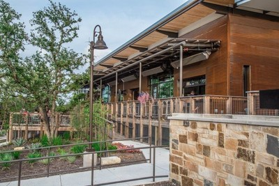 The deck at the Six String Grill at Hill Country Golf & Guitar overlooks the premiere mini-golf course and live music venue. Inside the restaurant features sandwiches, fresh ground burgers, salads, steaks and a full bar.
