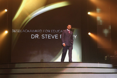 Education leader Dr. Steve Perry was honored at the 10th annual McDonald's(R)  365Black(R)  Awards, held at the New Orleans Theater, on July 6. McDonald's 365Black Awards are given annually to salute outstanding individuals who are committed to making positive contributions that strengthen the African-American community.  (PRNewsFoto/McDonald's USA, LLC)