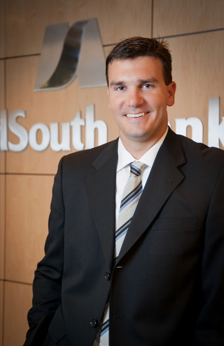 QB Jake Delhomme Joins MidSouth Bank Board as Advisory Director.  (PRNewsFoto/MidSouth Bancorp, Inc.)