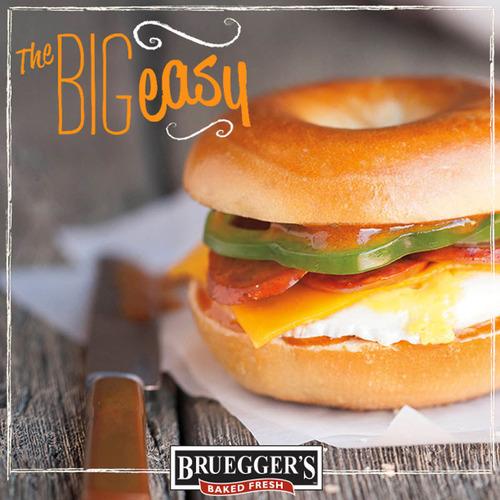 Bruegger's Bagels introduces new winter menu. (PRNewsFoto/Bruegger's Bagels) (PRNewsFoto/BRUEGGER'S  ...