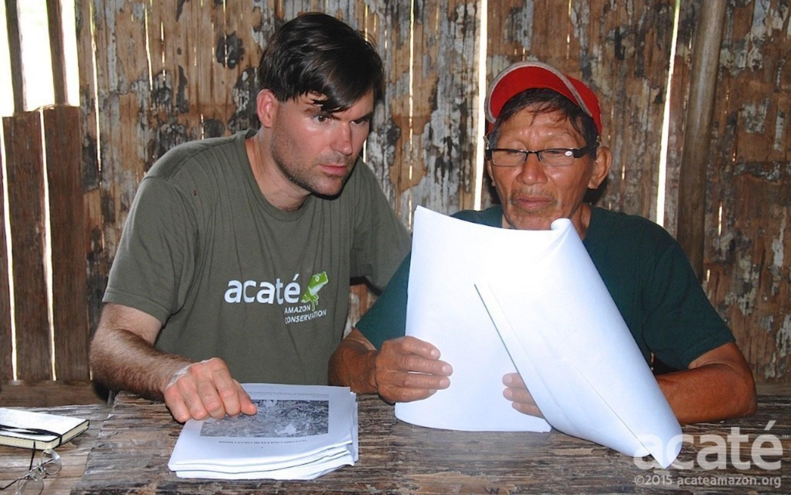 Matses shaman Arturo & Dr. Herndon of Acat� review encyclopedia drafts