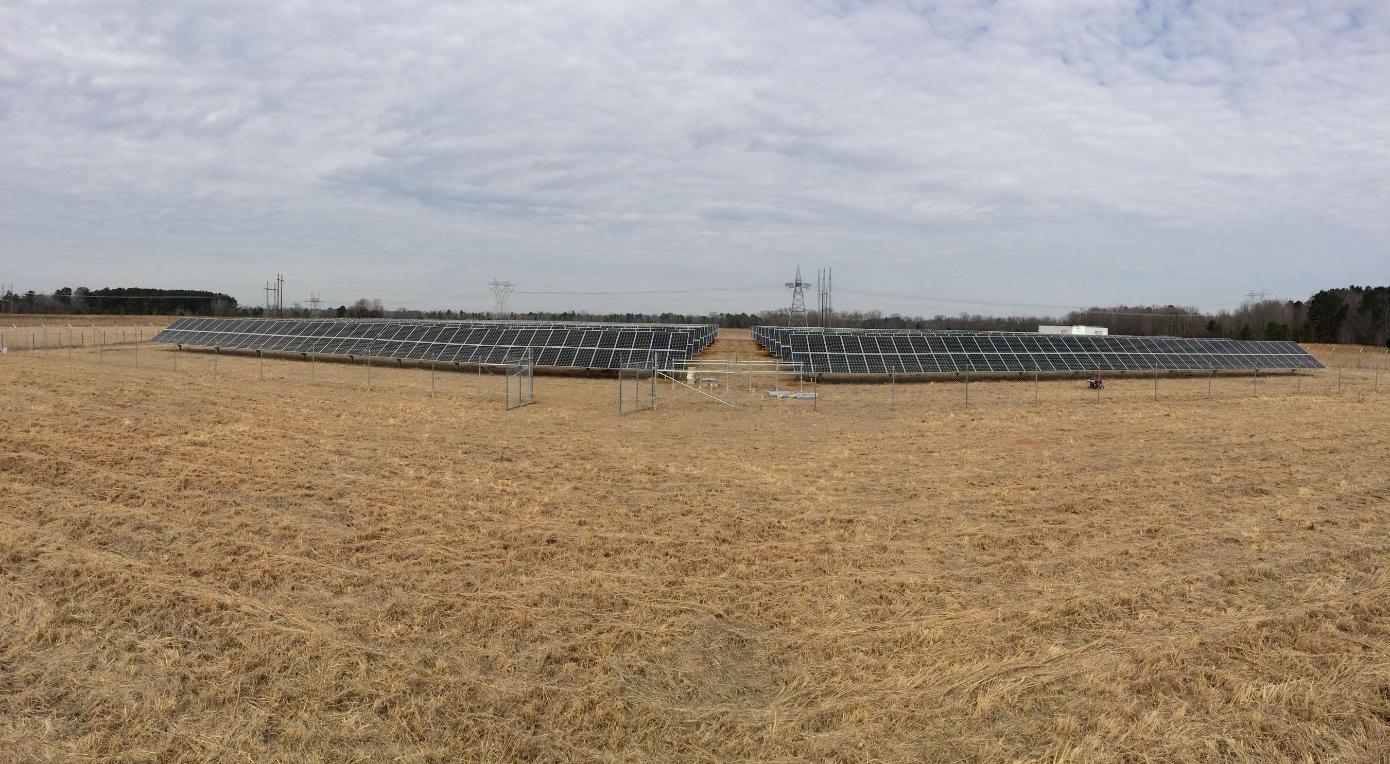 600 Kilowatt Solar Installation at historic Bethany Farms Bed and Breakfast. (PRNewsFoto/SunEdison, Inc., United Renewable Energy LLC) (PRNewsFoto/SUNEDISON, INC.)
