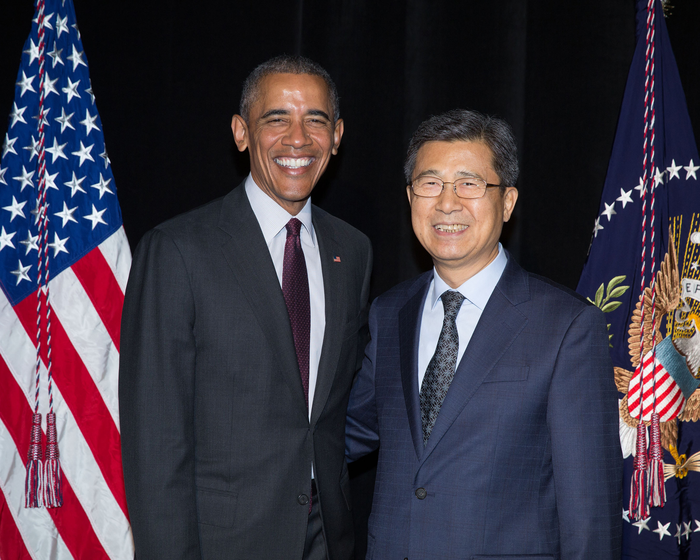 Hankook tire participates in meet and greet with president obama at hankook tire vice chairman and ceo seung hwa suh met with president barack obama in an m4hsunfo