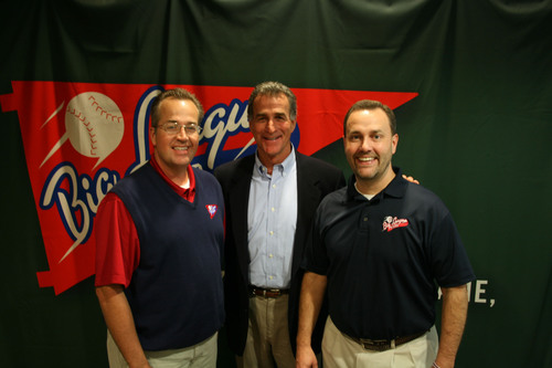 Doug Lawson (left) and Glenn Dunlap (right) with Chris Welsh, former Major League pitcher and current Reds Broadcaster at the 2013 Tours Launch Party.  (PRNewsFoto/Big League Tours)