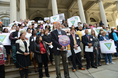 Steve Coe, CEO of Community Access, Inc., addresses the press at Communities for Crisis Intervention Teams (CCIT NYC) event at City Hall.  (PRNewsFoto/Community Access)